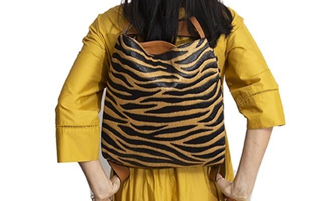 B2Z bg Adorote tigerin love rafiabC S 650x4